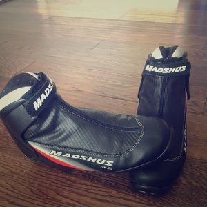 Shoes - Cross country ski boots